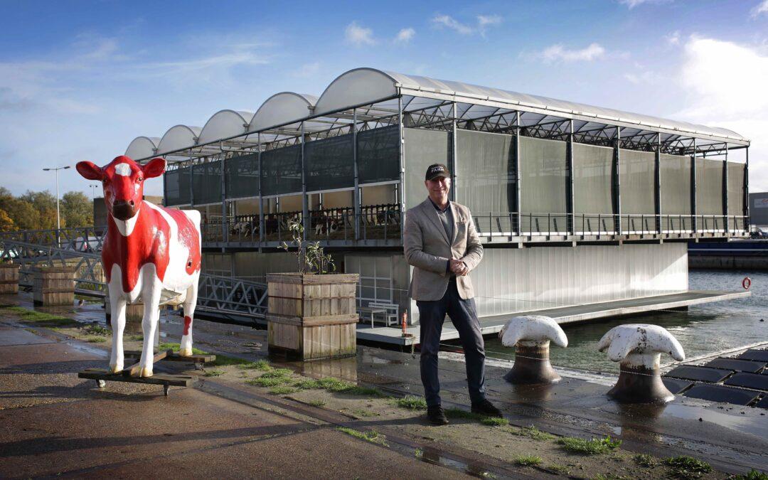 Dobbert de tweede drijvende boerderij ter wereld binnenkort op Amsterdams water?