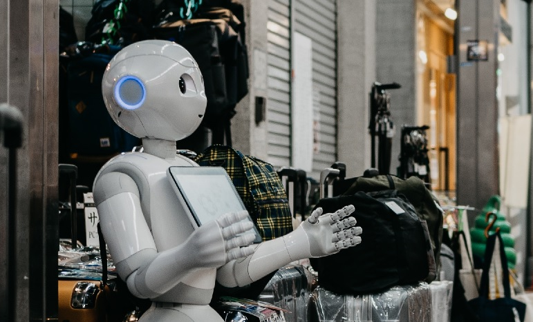 Opkomende technologieën: Robots in Retail – Tibert Verhagen